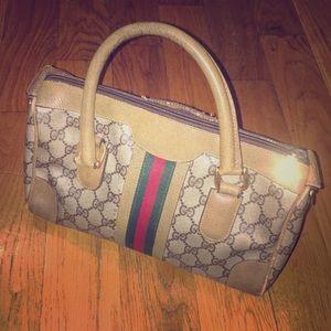 SALE🔥Vintage Gucci Handbag monogrammed Boston bag